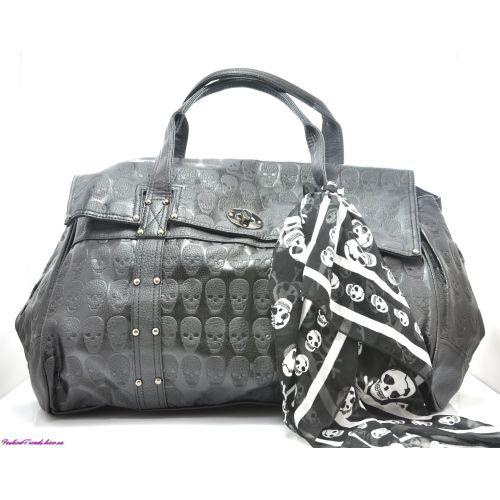 Женская сумка Alexander McQueen Oversized Soft Duffle черная