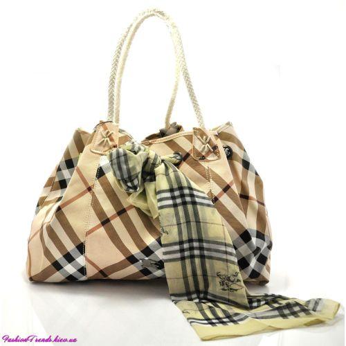 Женская сумка Burberry бежевая с молочным