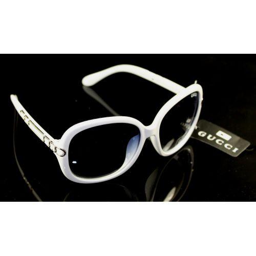 Солнцезащитные очки Gucci цепь белые