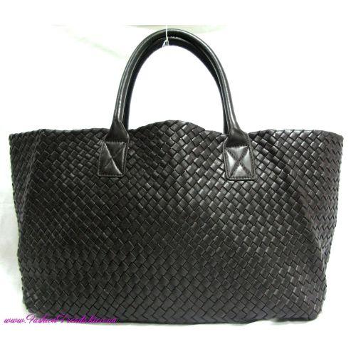 Женская сумка Bottega Veneta Cabat коричневая