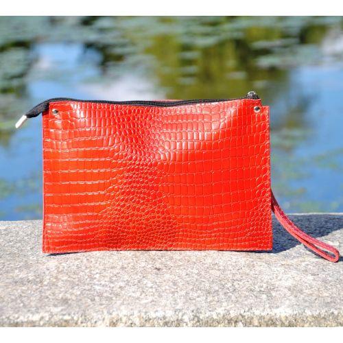 Женский кожаный клатч конверт Crocodile ярко красный
