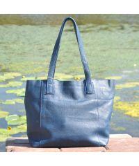 Женская кожаная сумка со строчками светло-синяя