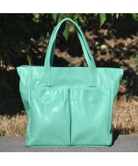 Женская кожаная сумка с карманами ментоловая