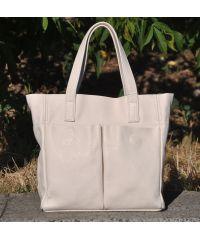 Женская кожаная сумка с карманами бежевая