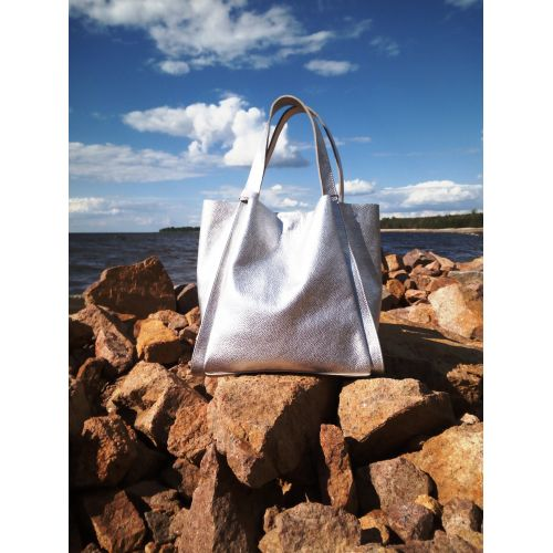 Кожаная сумка Shopp серебристая
