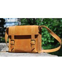Кожаная сумка B010 рыжая
