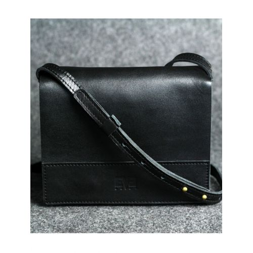 Кожаная сумка Винтаж черная кайзер