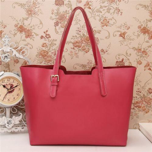 Женская кожаная сумка Pinkos малиновая