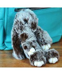 Меховой брелок кролик коричневый с белым