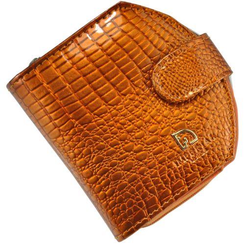 Женский кожаный кошелек 001B-5 крокодил золотой