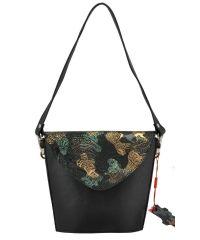 Женская сумка корзинка кожаная черная с абстракцией