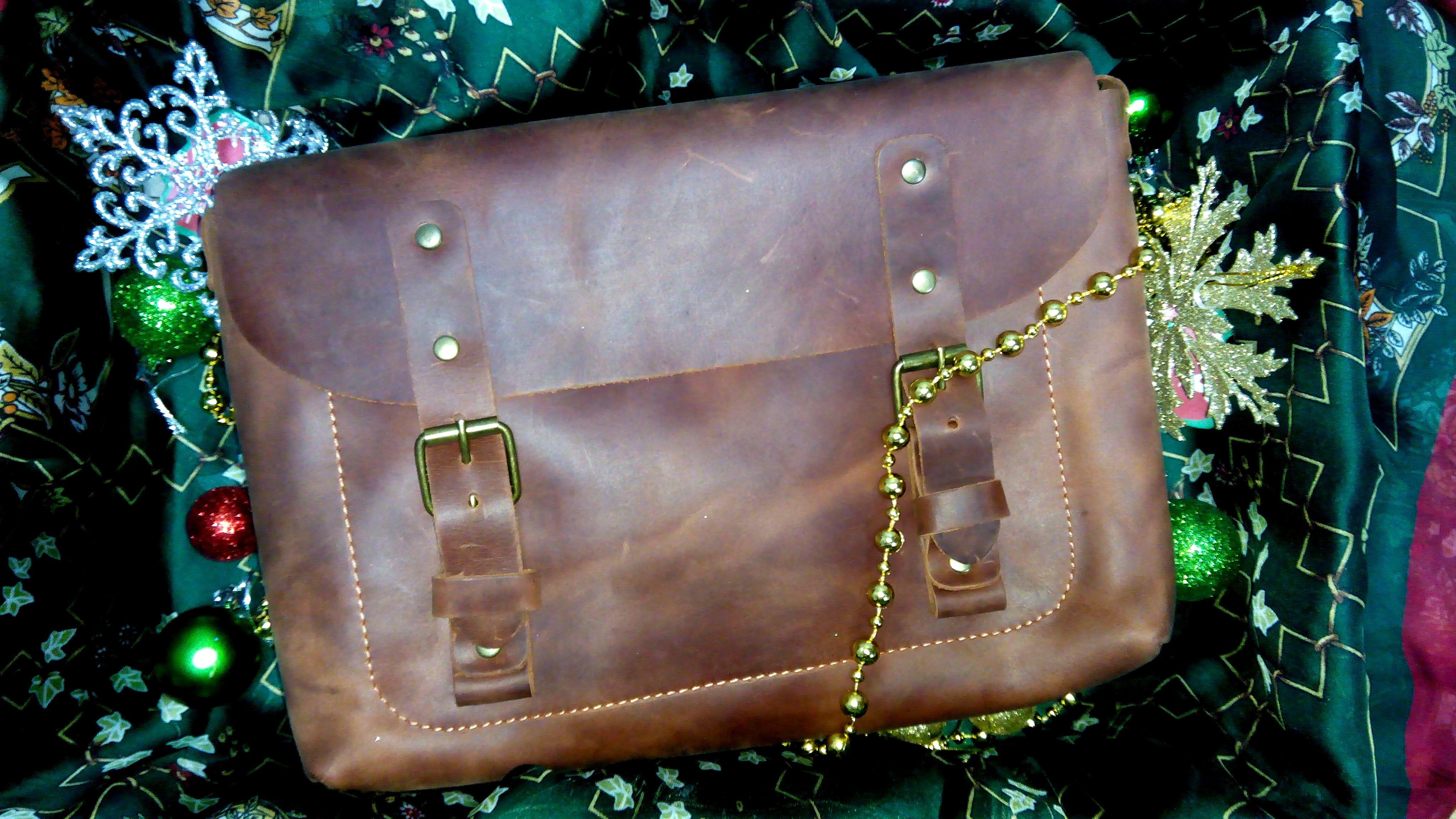 подарить сумку на новый год