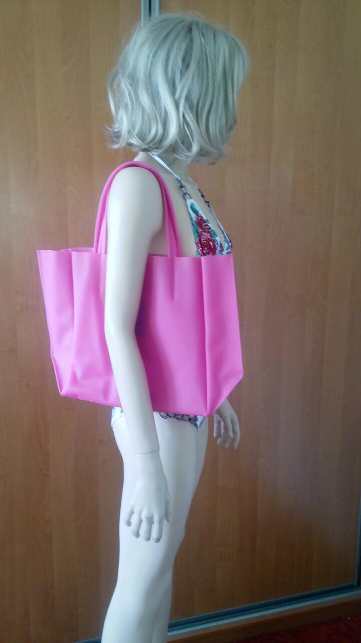 Розовая силиконовая сумка PoolParty Soho
